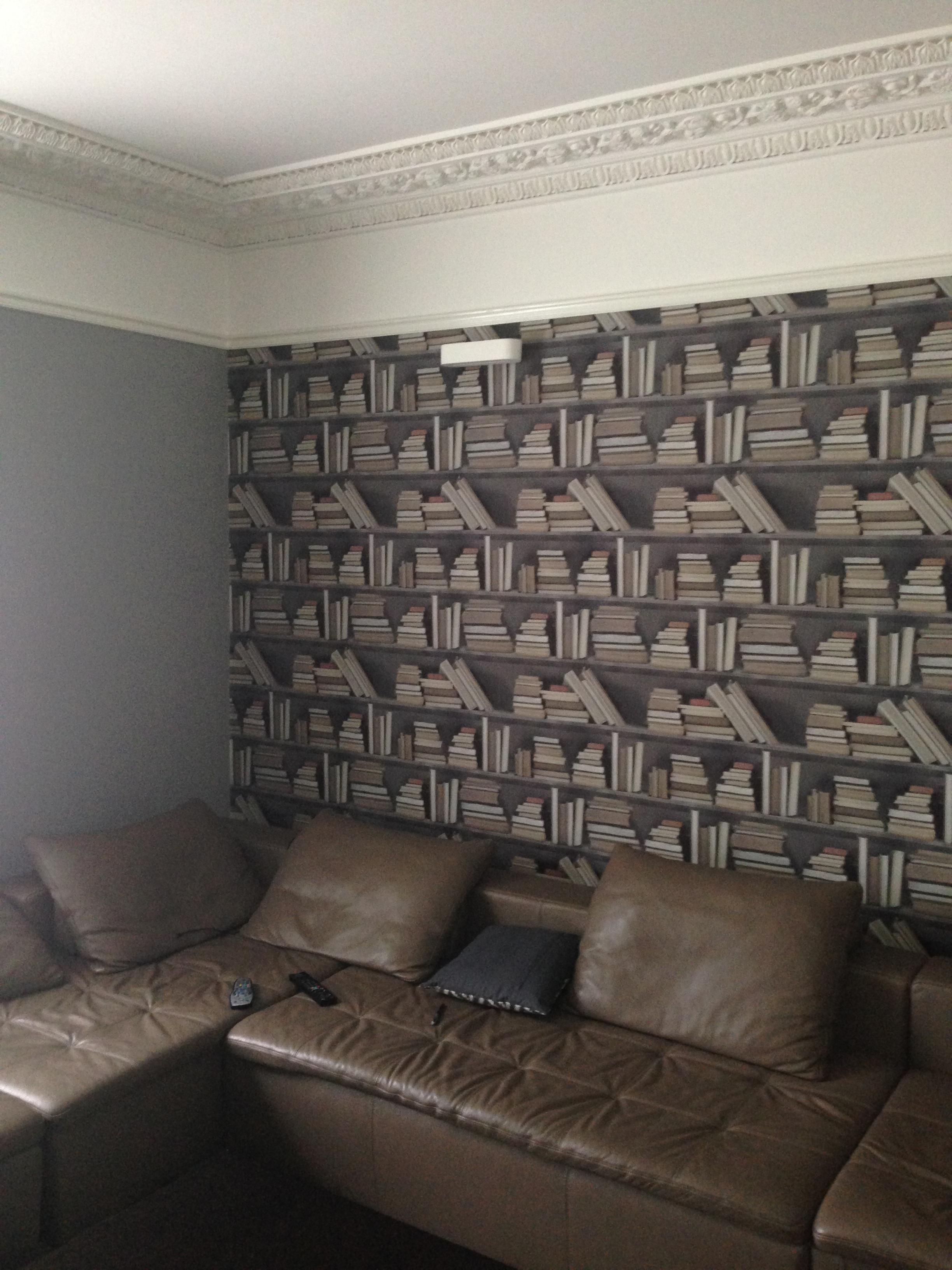 Main-Pic-frrame-Wallpaper1